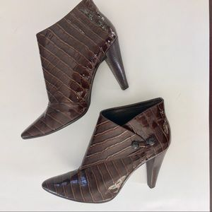 VIA SPIGA Embossed Patent Leather Ankle Boot - 7.5